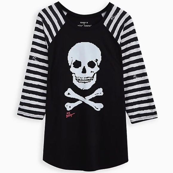 NWT TORRID BETSEY JOHNSON Skull Tee Sz 1